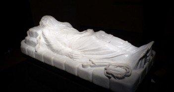 """""""Il Cristo rivelato"""", opera dello scultore non vedente Felice Tagliaferri"""