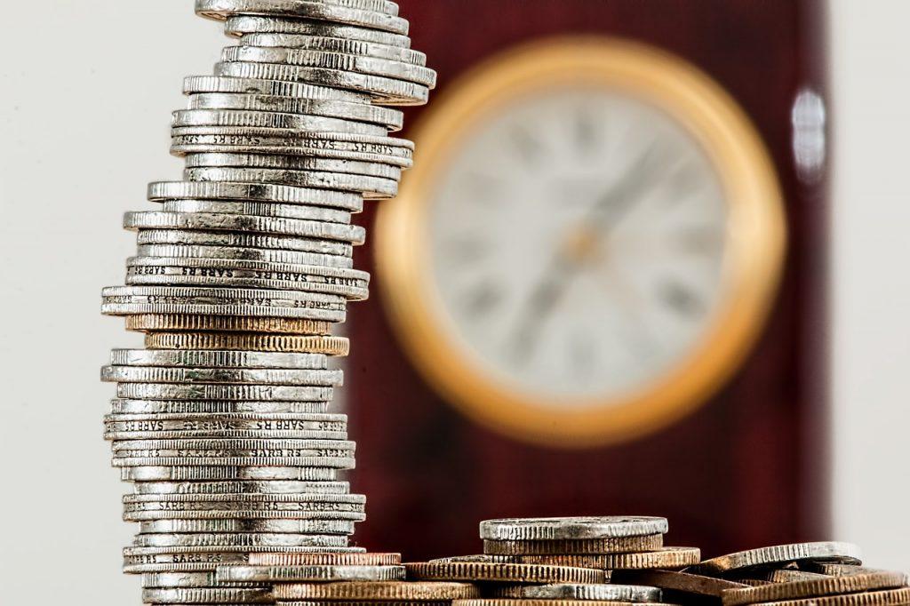 risparmio, soldi, moneta, monete, risparmiare, costi, taglio costi, spese, spesa