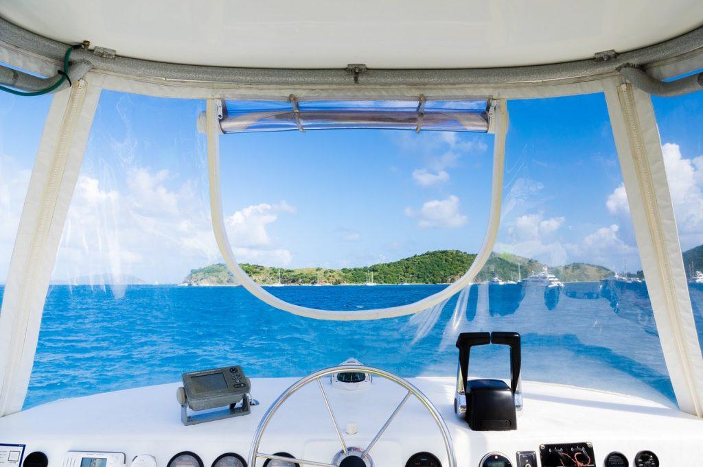 yacht, barca, barche, mare, navigare, navigazione, ricchezza, lusso, ricchi, ricco