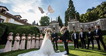 Nozze principesceh sul Lago di Como, grazie agll'abito da sposa Made in Italy di Tosetti Sposa