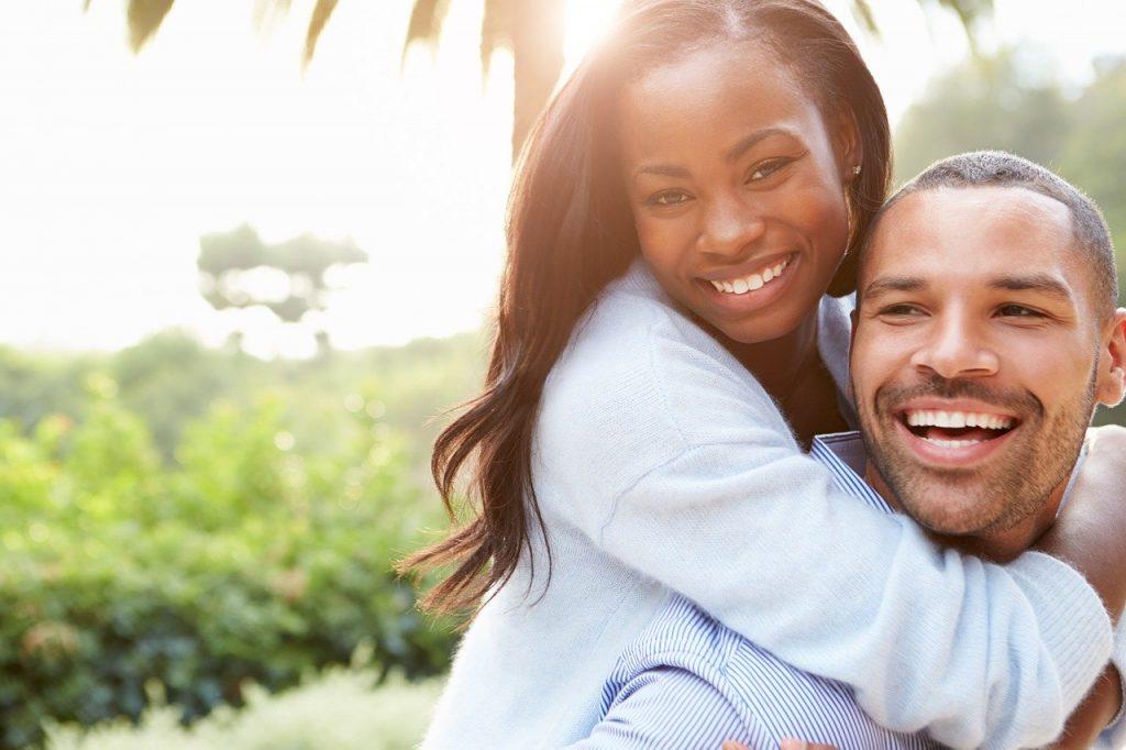 uomo donna, coppia, amore, innamorati