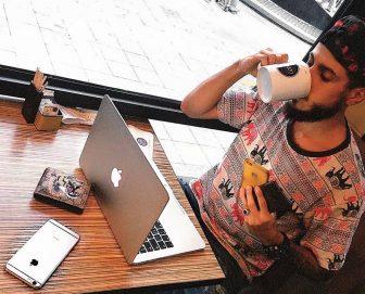 La storia di Daniele Drago: a soli 25 anni ha creato un impero social di successo